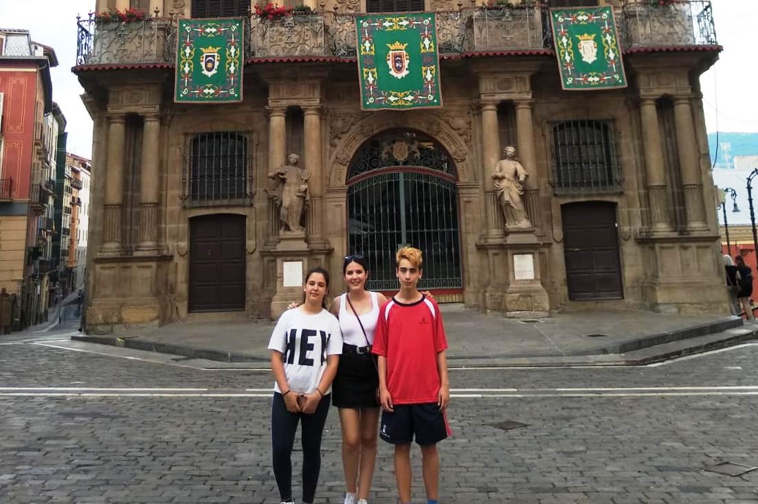 Los tres en el Ayuntamiento de Pamplona (I)