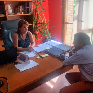 Isabel Tornero Restoy, Alcaldesa de Bargas, se reúne con el Director General de Puy Du Fou