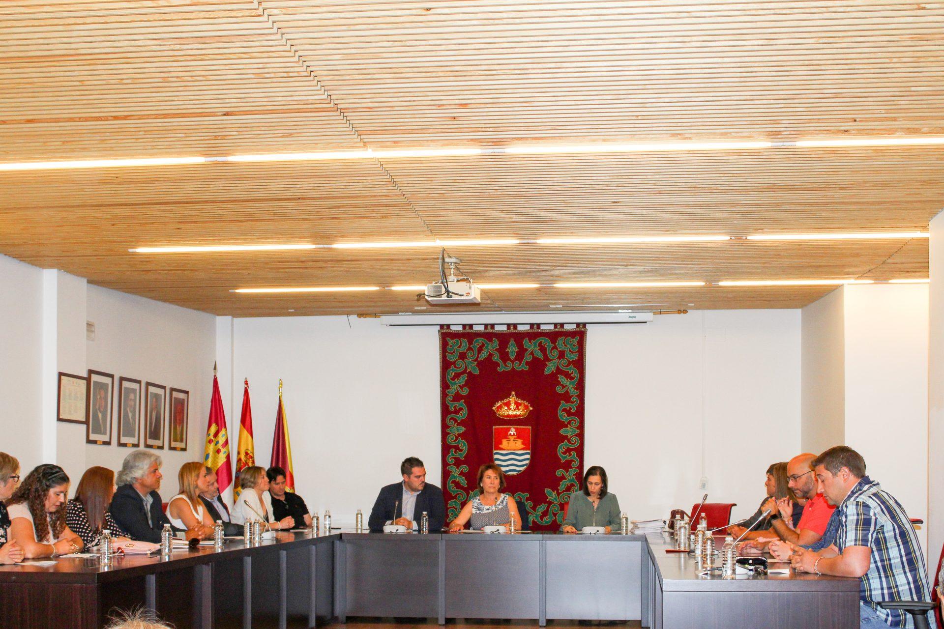 Ayer, miércoles 30 de octubre, el Pleno del Ayuntamiento de Bargas aprobó una rebaja social y medioambiental de los impuestos municipales para 2020