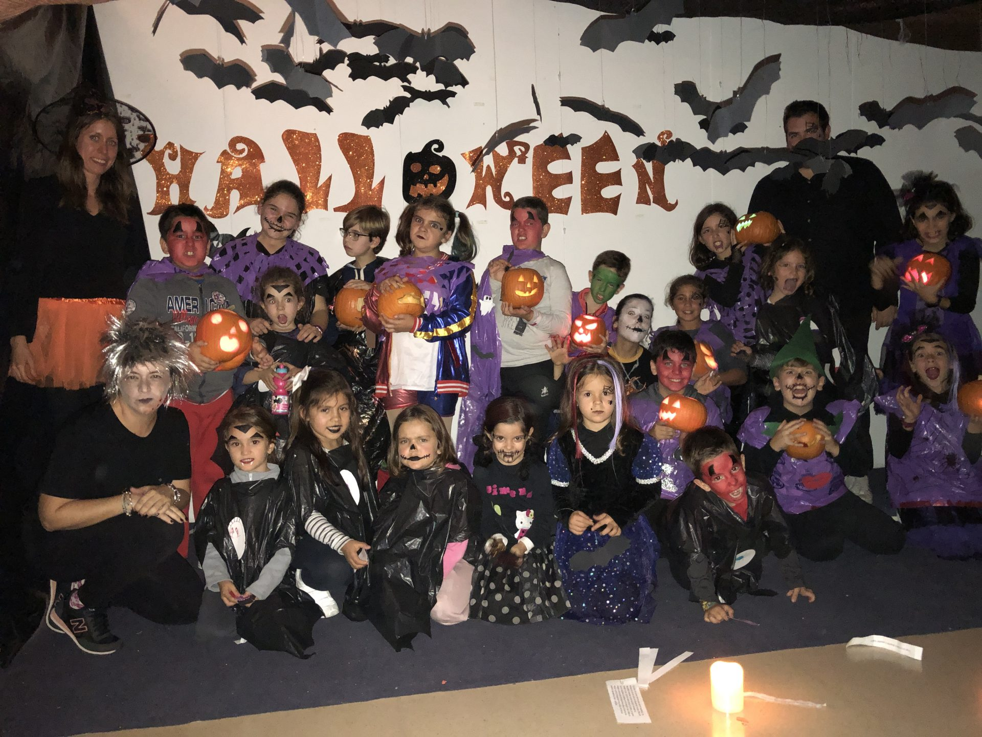 Niños y niñas de Bargas disfrutaron de terroríficas actividades organizadas por el Ayuntamiento de Bargas para Halloween