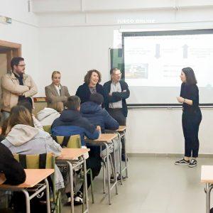 Los jóvenes de Bargas participan en un taller de prevención del juego patológico